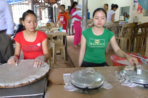 Banh uot girls